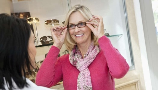 6 Places to Buy Fashionable Glasses for Older Women