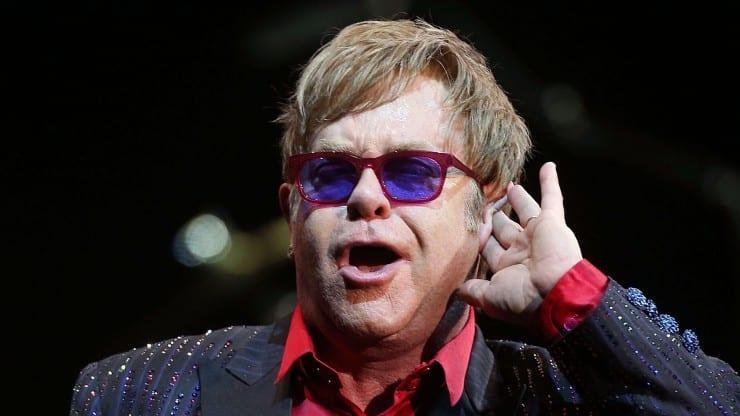 Boomerly.com---Elton-John-Turns-68