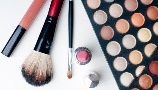 How to Choose the Best Concealer for Older Skin (Video)