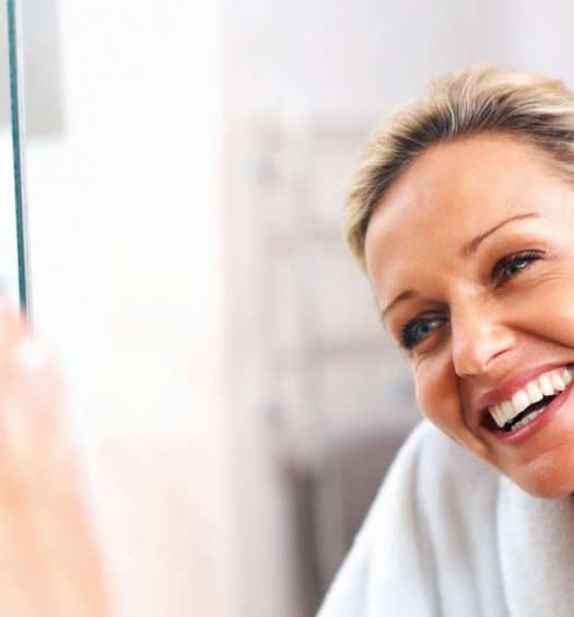7-Anti-Aging-Tricks-that-Every-Woman-Over-60-Should-Use