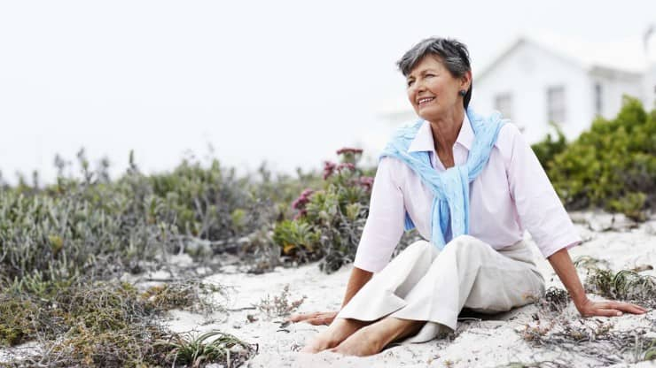 Sixty and Me - A Simple Lifestyle Reveals a Sophisticated Woman