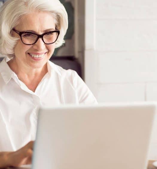 women-over-60-use-social-media