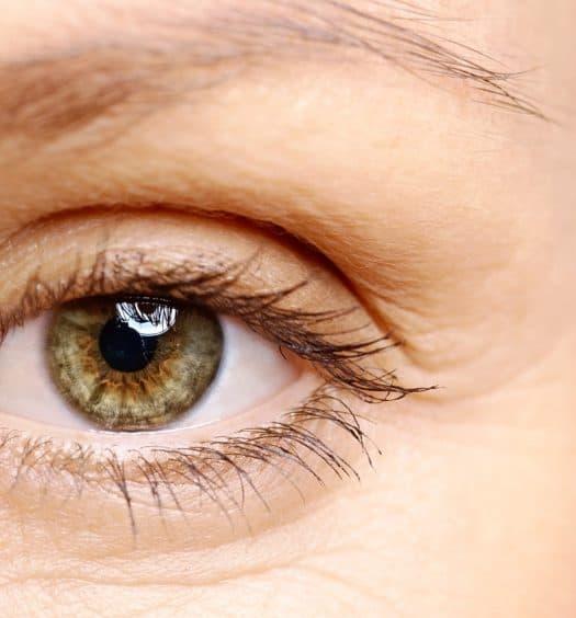 Every-Older-Woman-Needs-a-Heated-Eyelash-Curler