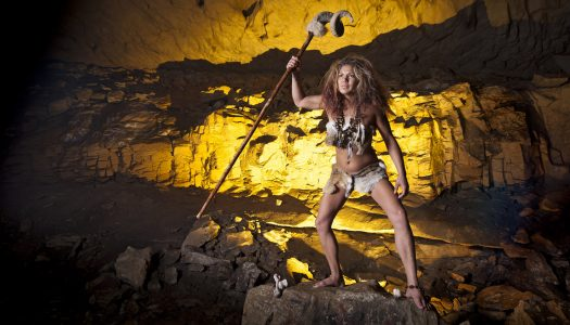 This Neuroscientist Says Healthy Aging Is All About Embracing Your Inner Cavewoman