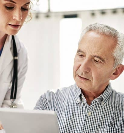 what is a geriatrician