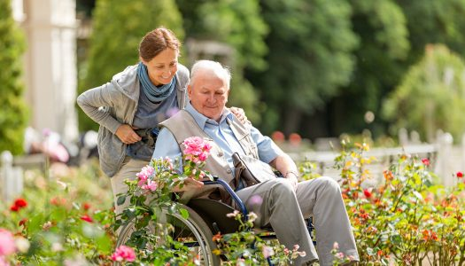 Visiting a Loved One in a Nursing Home or Assisted Living Facility: 10 Tips for Success