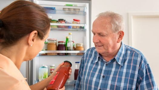 Home Nurse Finds Empty Fridge and, in Act of Generosity, Fills it Herself