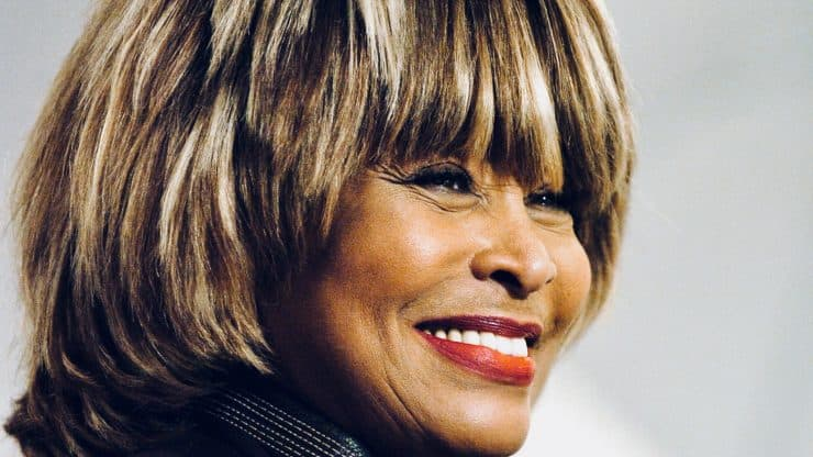 Tina-Turner's-New-Memoir