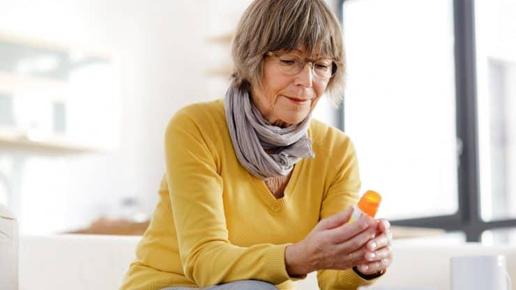 Manage-Your-Elder-Relatives'-Medications