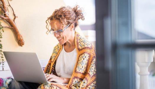 Digital Nomadism in Retirement: 4 Useful Tips You Definitely Should Consider