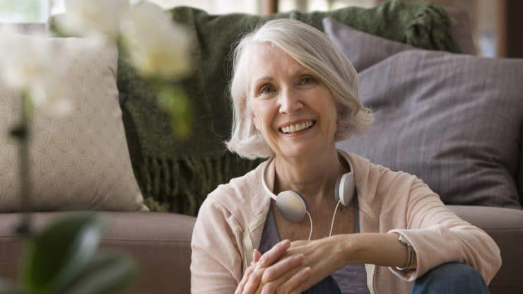 Downsizing-Your-Home-Mature Woman